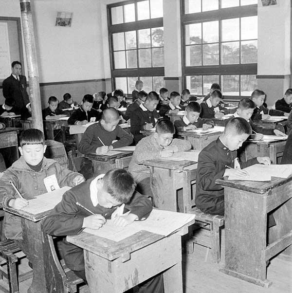 군사 원호청 유가족 자녀 중학교 입시광경4