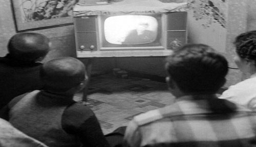 활동사진이 붙은 라디오를 아시나요? TV 방송史
