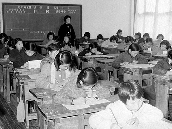 군사 원호청 유가족자녀 중학교 입시광경3