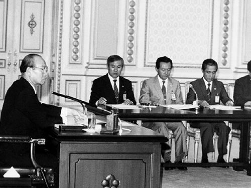 전두환 대통령 국민 복지 증진 대책 당정 연석회의 주재