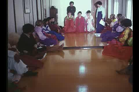 이런 일 저런 일(세배, 예지원 여성교양교육원 새해맞이, 육군본부 국기 게양식, 농가부업)